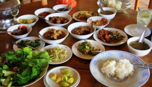 Curry-the-core-of-Burmese-meals