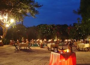Tharabar Gate Hotel